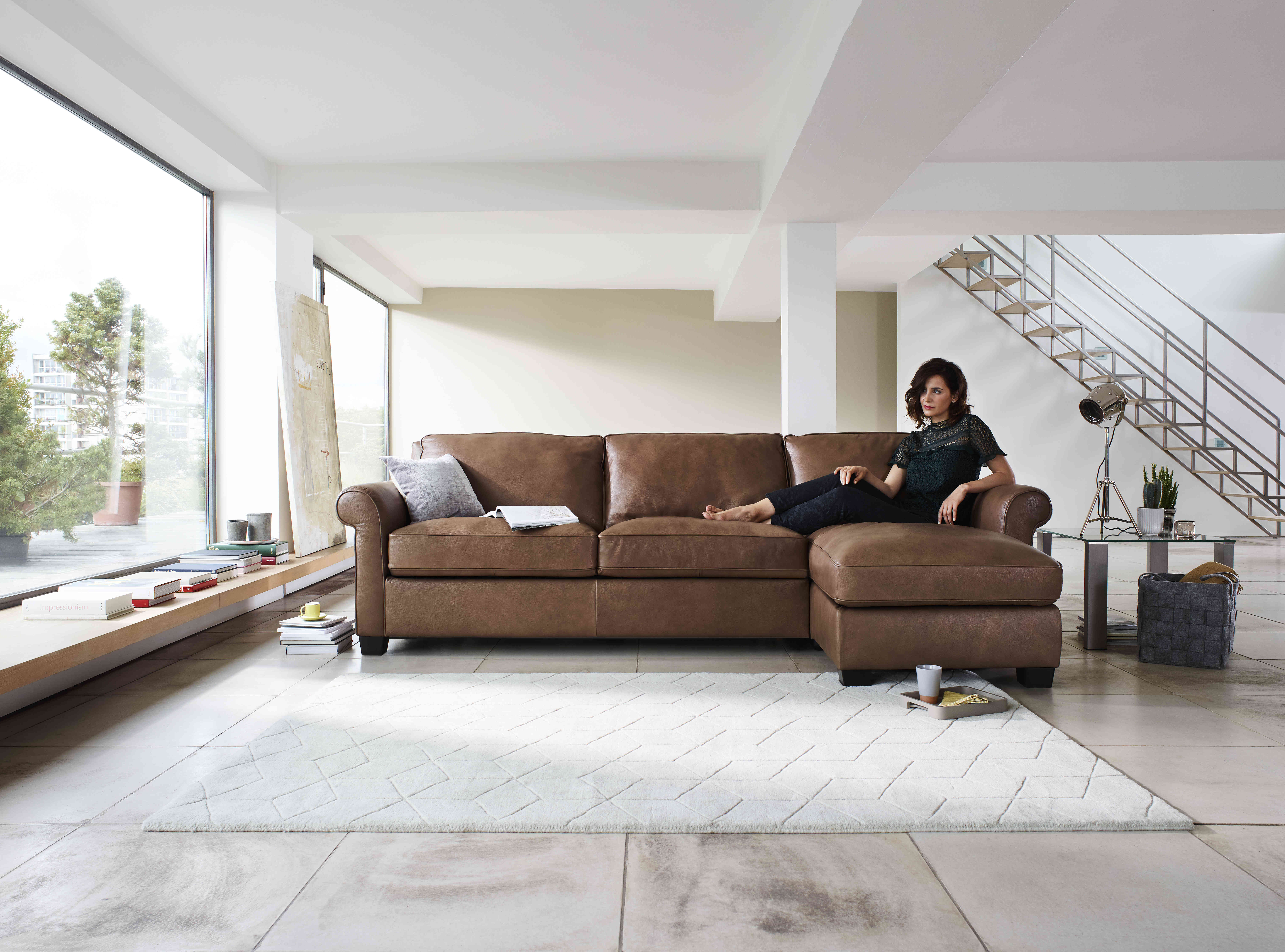 Real Vs Faux Leather Sofas Which Is Better Leather